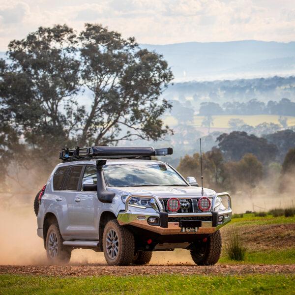 ARB Alloy Bull Bar – Toyota Land Cruiser 200 Series VX & Sahara (2015-Present)