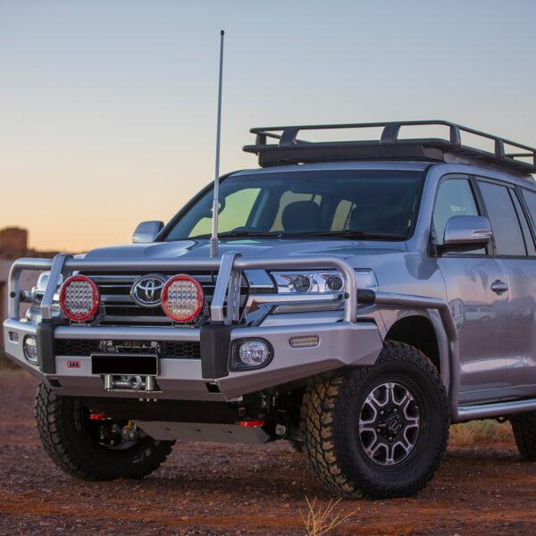 ARB Summit Bull Bar – Toyota Land Cruiser 200 Series GX & GXL (2015-Present)